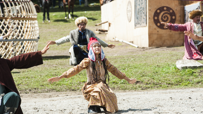 National dances of Kyrgyz at Word nomad Games with Baibol travel